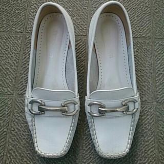 バークレー(BARCLAY)のmomo様専用バークレー 白革ローファーシューズ 21.5cm(ローファー/革靴)