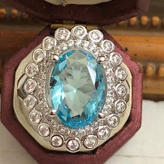 訳あり即購入OKライトブルーczダイヤモンドゴージャスリング指輪(リング(指輪))