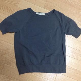 ミュウミュウ(miumiu)のmiumiu グレー トップス sale(Tシャツ(長袖/七分))