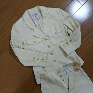 シャネル(CHANEL)のChanelゴールドボタン スーツ(スーツ)