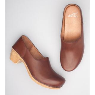 ダンスコ(dansko)のダンスコ★マリソルMARISOLウッドソールサボフルグレインレザーブラウン37(ローファー/革靴)