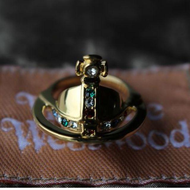 Vivienne Westwood(ヴィヴィアンウエストウッド)の新品 ヴィヴィアン 復刻ソリッドオーブリング ゴールド М レディースのアクセサリー(リング(指輪))の商品写真