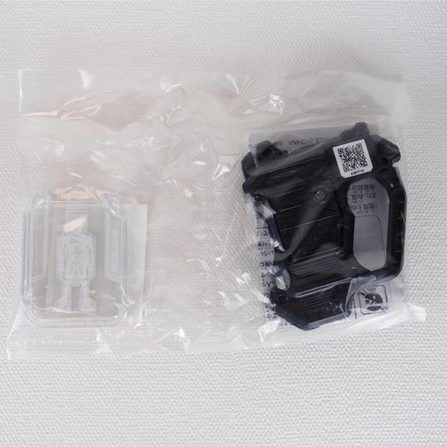 BANDAI(バンダイ)のプロトバンバンシューティング ガシャット ユニクロ限定非売品  エグゼイド 新品 エンタメ/ホビーのおもちゃ/ぬいぐるみ(キャラクターグッズ)の商品写真
