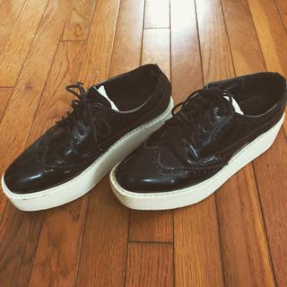プラダ(PRADA)のプラダデザイン✨厚底ラバーシューズ(ローファー/革靴)