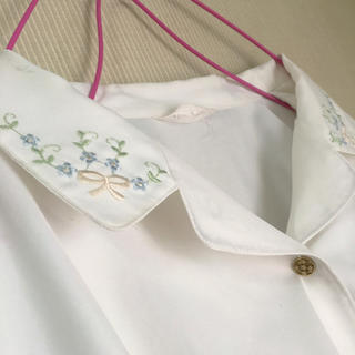 襟コンシャス*刺繍ブラウス*古着(シャツ/ブラウス(長袖/七分))