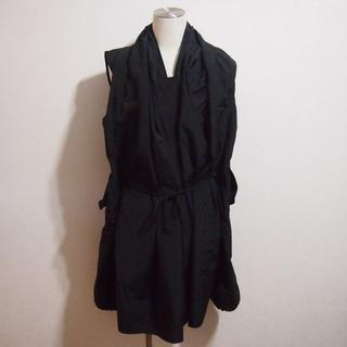 ザドレスアンドコーヒデアキサカグチ(The Dress & Co. HIDEAKI SAKAGUCHI)の新品!The Doress&Co.サカグチヒデアキ ノースリーブナイロンポンチョ(その他)
