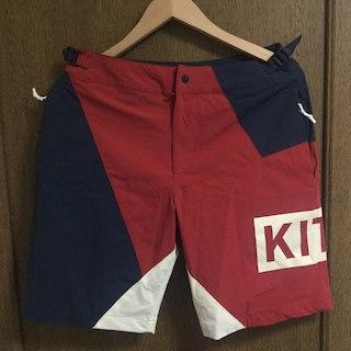 正規品 Sサイズ KITH ショートパンツ 30 red 赤(ショートパンツ)