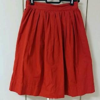 シマムラ(しまむら)の赤スカート 膝丈(ミニスカート)