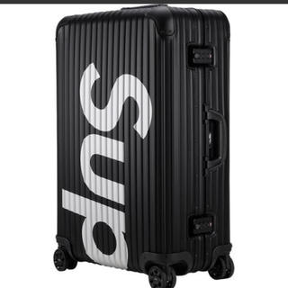 シュプリーム(Supreme)のシュプリーム  リモワ ブラック 82L 送料込み(トラベルバッグ/スーツケース)