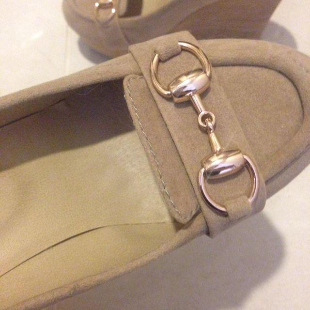 31 Sons de mode(トランテアンソンドゥモード)の美品★ウェッジソールパンプス レディースの靴/シューズ(ハイヒール/パンプス)の商品写真