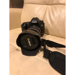 美品 canon 5D markⅢ レンズ2本 ストロボ付き(デジタル一眼)