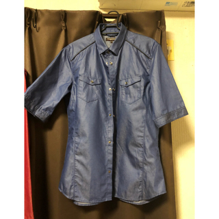 ハイダウェイ(HIDEAWAY)のNICOLE HIDEWAYS シャツ 半袖(シャツ)