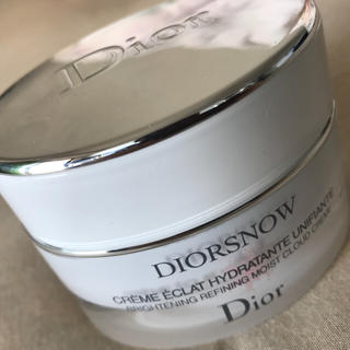 ディオール(Dior)のスノーブライトニングモイストクリーム(フェイスクリーム)