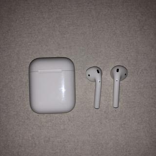 アップル(Apple)のAirPods 美品です!(ヘッドフォン/イヤフォン)