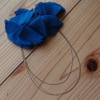 バビロン(BABYLONE)のドレスアクセサリー  花飾り  ブローチ(ブローチ/コサージュ)