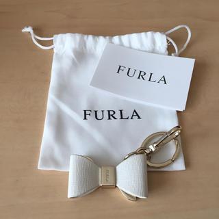 フルラ(Furla)の【新品】FURLA リボンキーチェーン(キーホルダー)