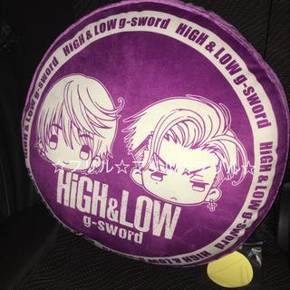 シマムラ(しまむら)のHiGH&LOW×しまむら★雨宮兄弟クッション(ミュージシャン)
