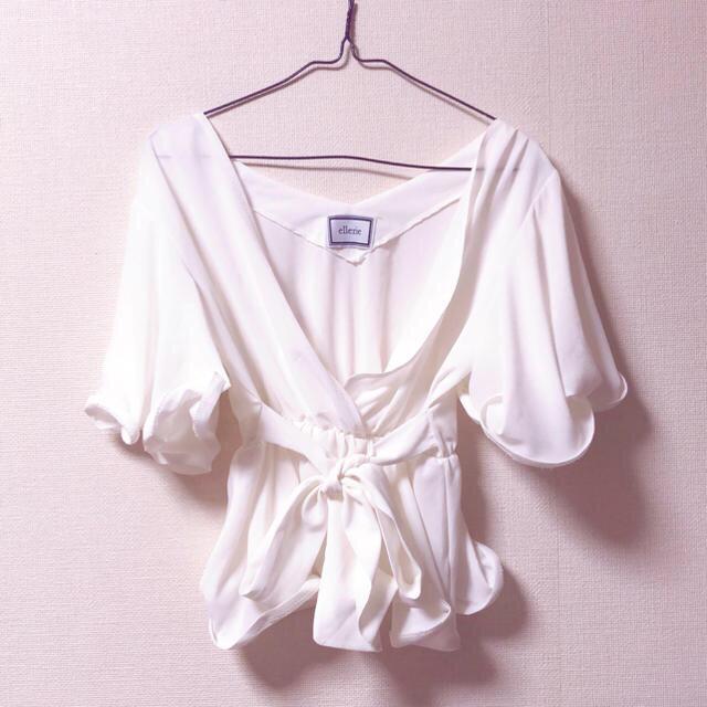 ZARA(ザラ)のリボン フリルブラウス レディースのトップス(シャツ/ブラウス(半袖/袖なし))の商品写真