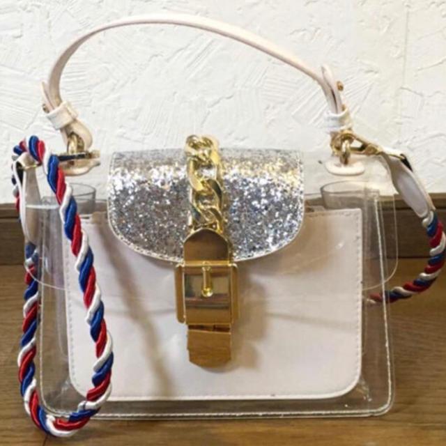 ZARA(ザラ)のクリア グリッターバッグ レディースのバッグ(ショルダーバッグ)の商品写真