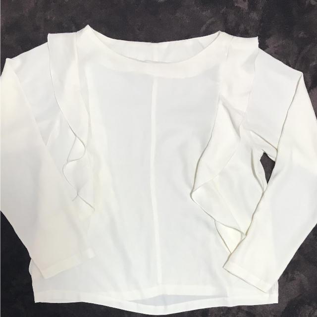 GU(ジーユー)のカットソー レディースのトップス(カットソー(半袖/袖なし))の商品写真