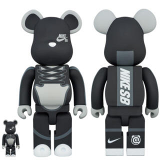 ナイキ(NIKE)の★ BE@RBRICK NIKE SB BLACK 400%&100% ★(スポーツ)