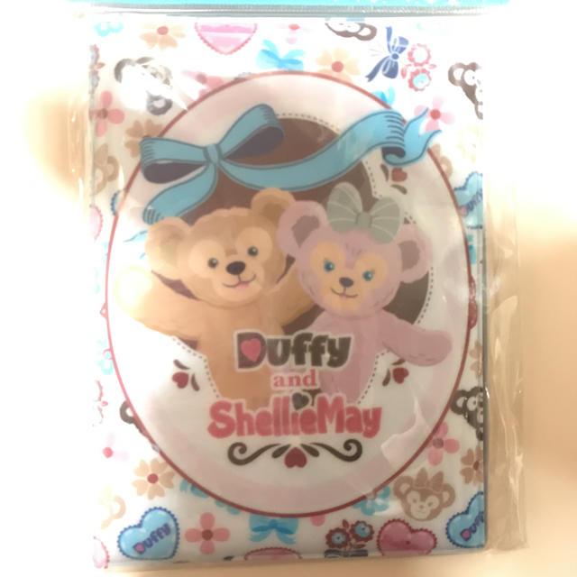 Disney(ディズニー)のダッフィー♡シェリーメイ パスポートケース エンタメ/ホビーのおもちゃ/ぬいぐるみ(キャラクターグッズ)の商品写真