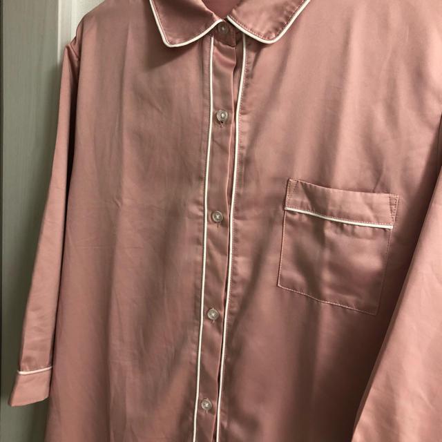 GU(ジーユー)のGU 新作♡サテンパジャマ ワンピース(七分袖) 新品未使用! レディースのルームウェア/パジャマ(パジャマ)の商品写真