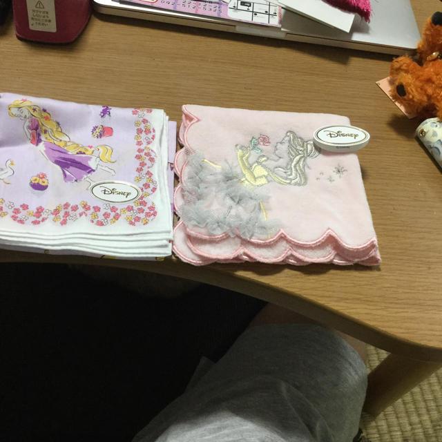 Disney(ディズニー)のディズニープリンセスハンカチセット エンタメ/ホビーのおもちゃ/ぬいぐるみ(キャラクターグッズ)の商品写真