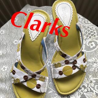 クラークス(Clarks)のClarks Indigo サンダル ミュール モスグリーン 米購入 S 白(ミュール)