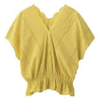 ジーユー(GU)のスカラップ ブラウス(シャツ/ブラウス(半袖/袖なし))