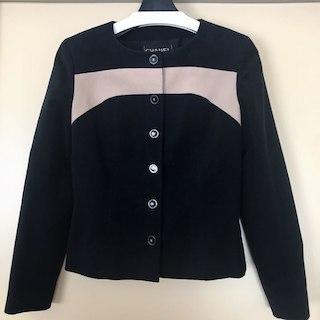 シャネル(CHANEL)の美品 CHANEL シャネル スーツ  ネイビー×ベージュ バイカラー 38(スーツ)