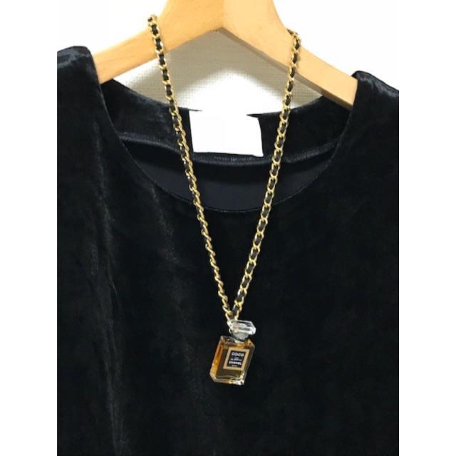 bee7c95cc935 CHANEL(シャネル)のCHANEL 香水ネックレス 超美品 レディースのアクセサリー(ネックレス