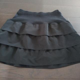 クレッシェント(CRESCENT)のCRESCENT DUOブラックティアードスカート  M(ひざ丈スカート)