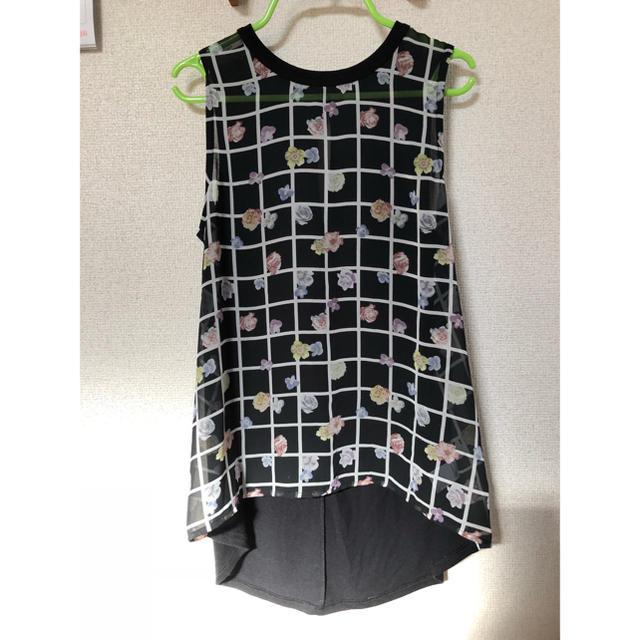 GU(ジーユー)のGU*シフォン切替フラープリントノースリーブ レディースのトップス(シャツ/ブラウス(半袖/袖なし))の商品写真