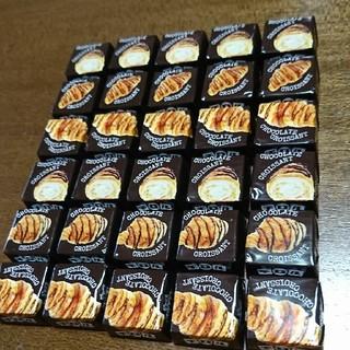 チロル  チョコクロワッサン  30個