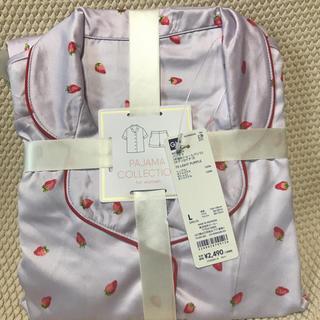 ジーユー(GU)のGUサテンパジャマ半袖ショートパンツいちご柄(パジャマ)