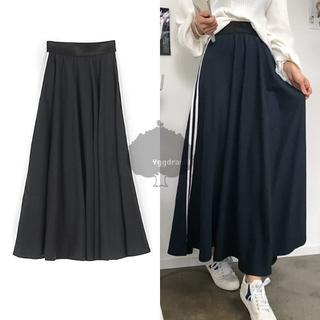 アディダス(adidas)のYGG★新品 完売 フレア マキシロングスカート サイドライン ブラック 黒 (ロングスカート)