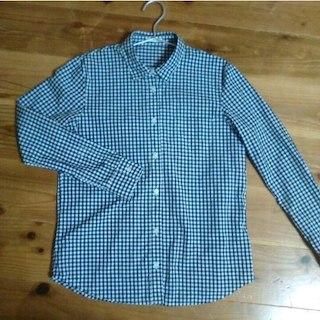 ジーユー(GU)の美品 GU  ギンガムチェックシャツ S(その他)
