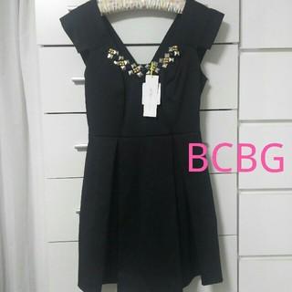 ビーシービージーマックスアズリア(BCBGMAXAZRIA)の【新品タグ付き】BCBGeneration ブラックドレス 結婚式 フォーマル(ひざ丈ワンピース)