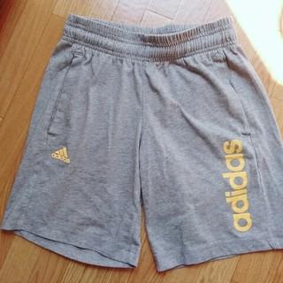 アディダス(adidas)の150adidasショートパンツ(パンツ/スパッツ)