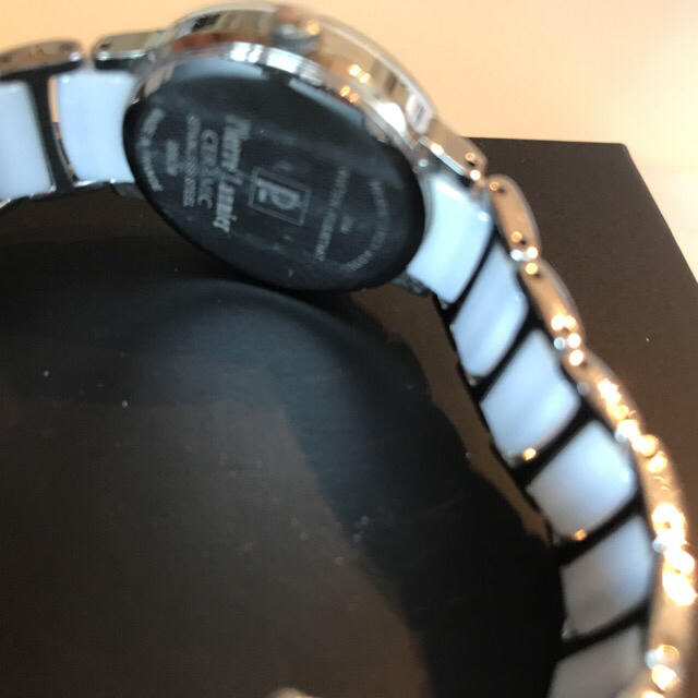 Pierre Lannier(ピエールラニエ)のピエールラニエ美品☆ストーン/ホワイト/セラミック☆ レディースのファッション小物(腕時計)の商品写真