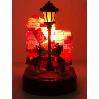 ディズニー(Disney)の( 美品 )Disney ミッキー&ミニー「 Kiss In Lamp 」ランプ(テーブルスタンド)