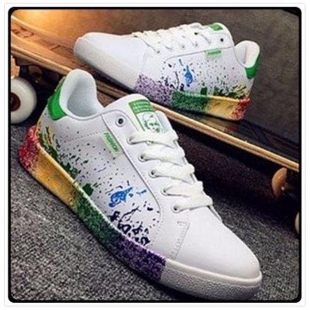 カラフル レインボー シューズ 緑 メンズの靴/シューズ(スニーカー)の商品写真