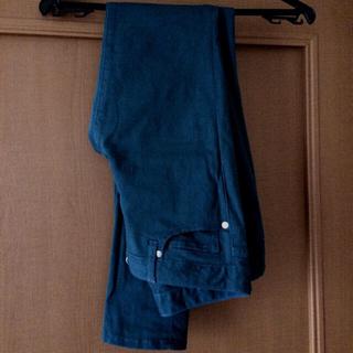 ジーユー(GU)のGU スキニーパンツ カーキ size61(スキニーパンツ)