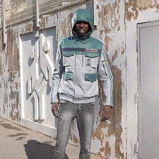アディダス(adidas)のアディダス starwars ボバ・フェット ブルゾン ジャケット(ブルゾン)