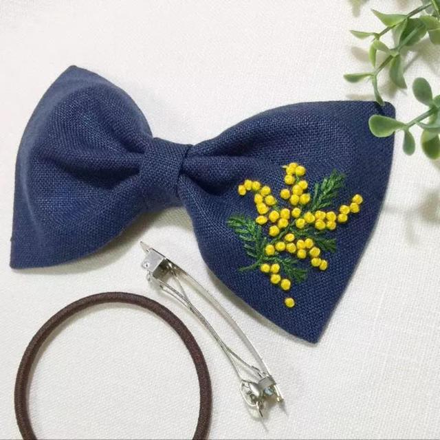 刺繍 リボンのヘアゴム  ミモザ No.5 ハンドメイドのアクセサリー(ヘアアクセサリー)の商品写真