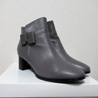 新品 本革サイドリボンショートブーツ 27.5cm 大きいサイズ ブーティ(ブーツ)