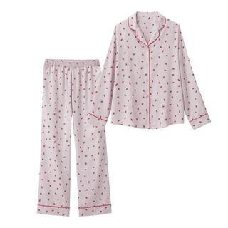 ジーユー(GU)の近々削除します。5/26迄 お早めに^^*【新品タグ付き】GU いちご パジャマ(パジャマ)