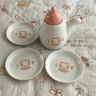 ハローキティ(ハローキティ)のキティちゃん 醤油差し 醤油皿3枚セット(食器)