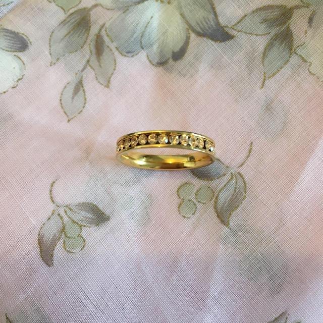 ストーンのエタニティリング レディースのアクセサリー(リング(指輪))の商品写真